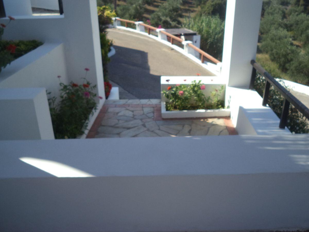 12 Small front veranda